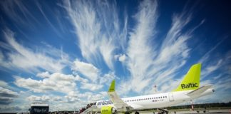 airBaltic sees passenger numbers slip in March