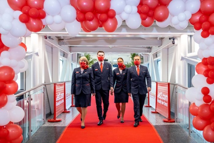 Jet2.com flies from Bristol Airport for first time Featured Image